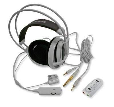Zestaw słuchawek Icemat Siberia wraz z opcjonalną kartą dźwiękową USB
