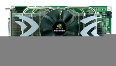 Wentylator ma średnicę 8 cm, zamontowany jest bezpośrednio nad miedzianym elementem radiatora przylegającym do procesora