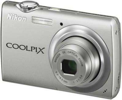 Nikon Coolpix S225, czyli 10 MP dla początkujących