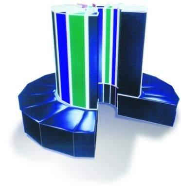 Charakterystyczny beczkowaty Cray - kształt komputera nie jest przypadkowy, twórcy maszyny po raz pierwszy natknęli się na granice wyznaczane przez stałe fizyczne