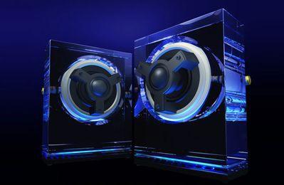 Kenwood: szklane głośniki podświetlane diodami LED