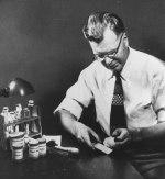 Chester Carlson w laboratorium (źródło: Xerox)