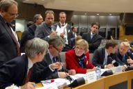 Nocne negocjacje komitetu pojednawczego nad pakietem telekomunikacyjnym (źródło: se2009.eu)