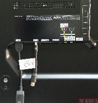 Część gniazd dostępna jest po zastosowaniu specjalnych, dołączonych w komplecie przejściówek.