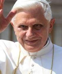 Papież Benedykt XVI (źródło: Wikimedia Commons)