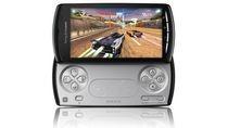 Sony Ericsson Xperia Play z wysuniętym kontrolerem
