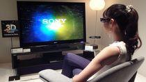 Obecnie większość telewizorów 3D wymaga używania specjalnych okularów