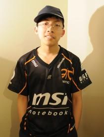 Adrian Kwong aka. KawaiiRice. Niepozorny 17-latek, a zarazem jeden z najlepszych graczy StarCraft 2 w Stanach.