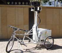 ...a w miejscach realizacji zdjęć specjalnych - trójkołowe rowery