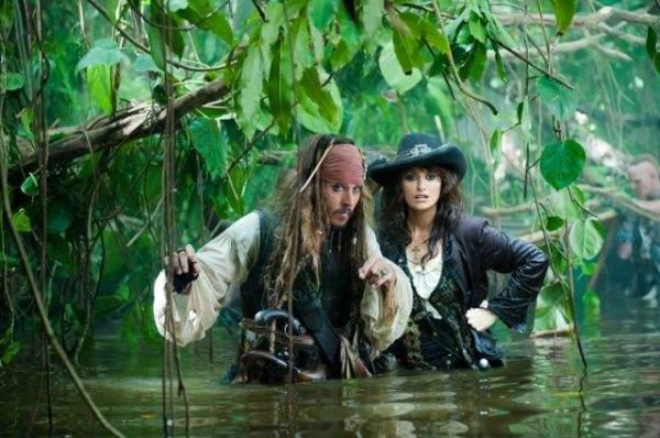 Piraci z Karaibów - Na nieznanych wodach