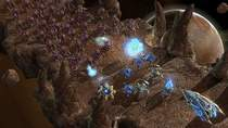 Na obrazku: marsz Zergów. IdrA twierdzi, że ta rasa w StarCraft 2 jest zdecydowanie zbyt słaba.