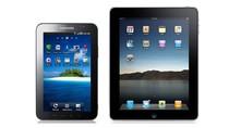 TABLETY: po lewej Samsung Galaxy Tab, a poprawej Apple iPad.