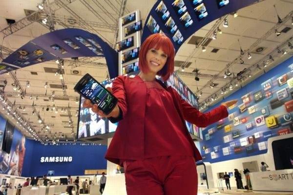 Miss IFA na stoisku Samsung