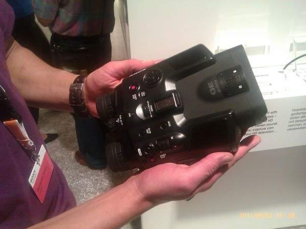 Kamera 3D Sony DEV-5 na IFA 2011