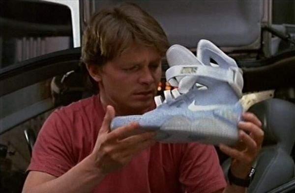 Marty McFly i buty Nike w filmie Powrót do przyszłości 2
