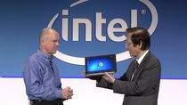 Wiceprezes Intela i prezes Asusa prezentują tablet z Windows 7