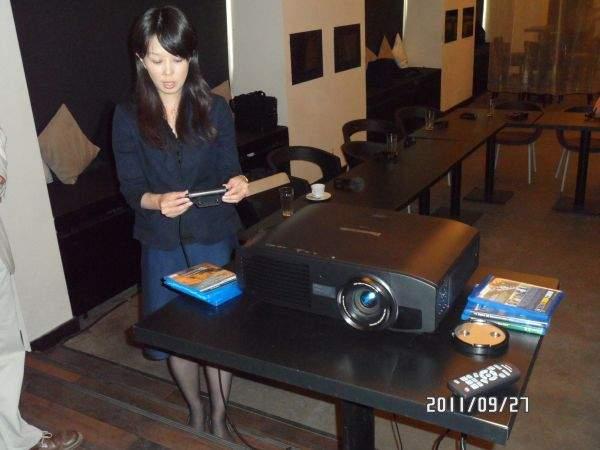 Japonka prezentuje Panasonic PT-AT5000E