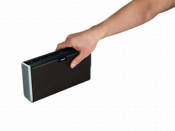 Bose SoundLink o rozmiarach książki