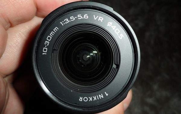 Nikon J1 zoom