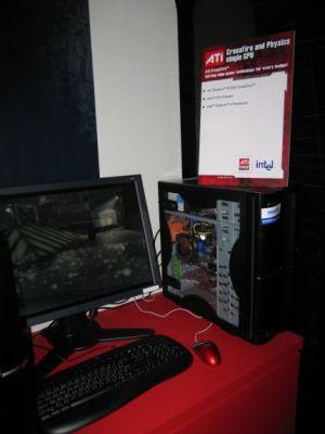 Nawet dwie karty Radeon X1300 wystarczą aby wyświetlać grafikę i jednocześnie dokonywać obliczeń fizycznych. ATI twierdzi jednak, że rozsądne minimum to Radeon X1600