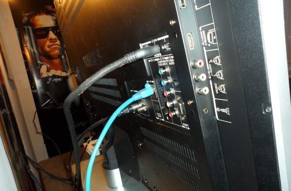 Toshiba UL863 LED LCD TV  - tył