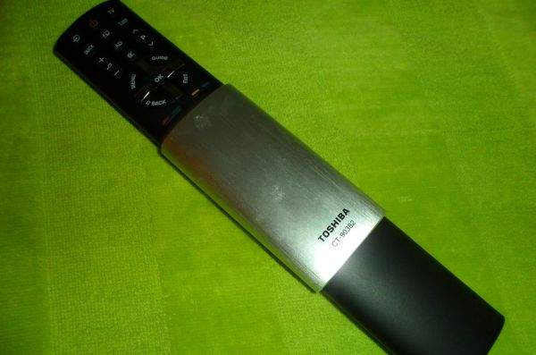 Toshiba UL863 LED LCD TV - pilot 1