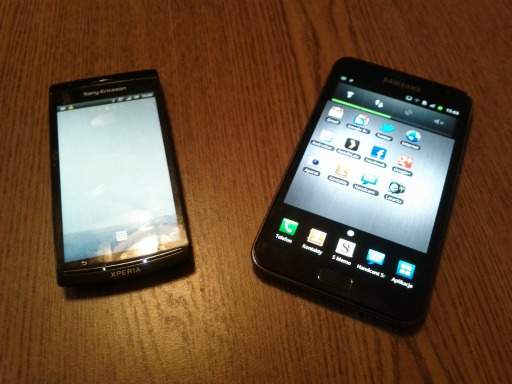 Galaxy Note i SE Xperia Arc S