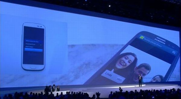 Galaxy S III Social Tag