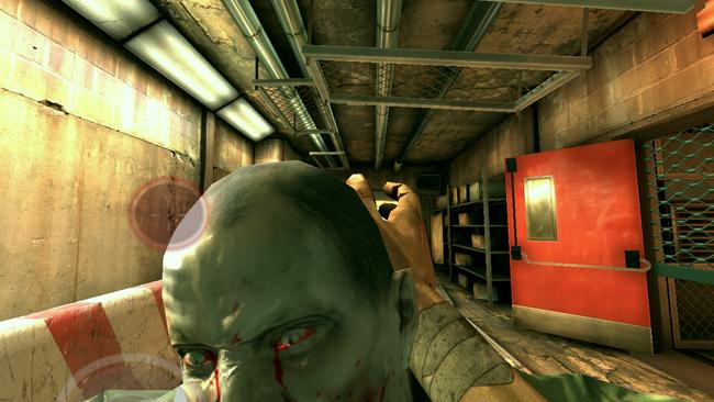Gdy zombie jest zbyt blisko musimy go odepchnąć
