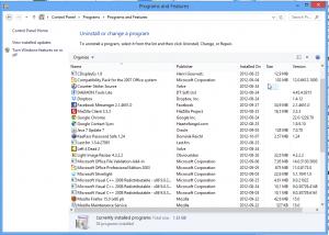 Programy w Panelu Sterowania można usuwać w ten sam sposób, co w Windowsie 7