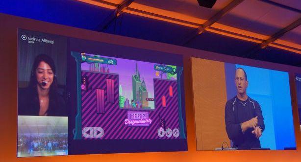Ekran tabletu można podzielić w ten sposób, by wyświetlał różne aplikacje jednocześnie.