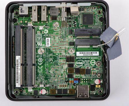 Płyta główna komputera NUC