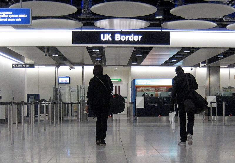 Brytyjska Straż Graniczna może przeszukać twój telefon