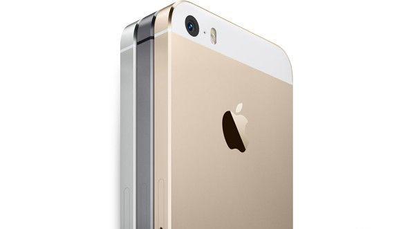 Cennik iPhone'a 5s w wersji 64 GB w sieci Play i problemy z dostępnością