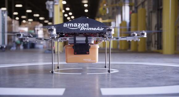 Drony będą dostarczać towary zamówione z Amazonu prosto do klienta