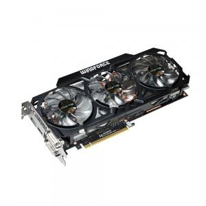 Gigabyte GV-N78TOC-3GD GeForce GTX 780 Ti oferuje zmodyfikowany układ chłodzący (WindForce 3X), który składa się z trzech wentylatorów i dużego radiatora. Świetnie znosi podkręcanie, a przy tym jest cichszy od konstrukcji referencyjnej