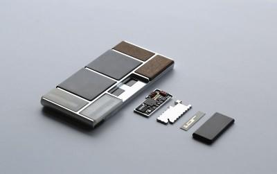Smartfon z klocków - elektronika modularna