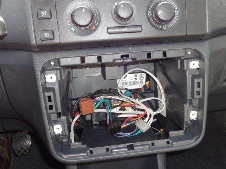 miejsca do podłączenia w samochodzie w ciągu dnia