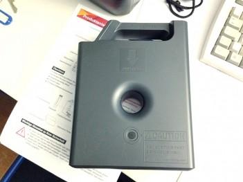 Łatwy w obsłudze, lecz kosztowny – system kaset z filamentem stosowany w drukarkach XYZprinting.