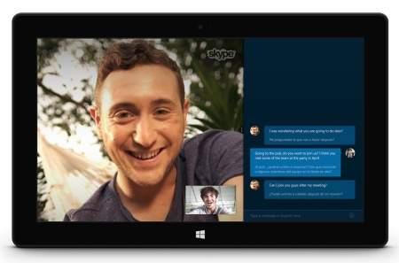 Skype Translator wyświetla m.in. rozmowę tekstową, dzięki czemu nie tylko usłyszymy, co mówi rozmówca, ale zobaczymy też zapis wszystkich wypowiedzianych słów.