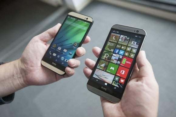 HTC One M8 z Androidem i ten sam telefon z Windows Phone