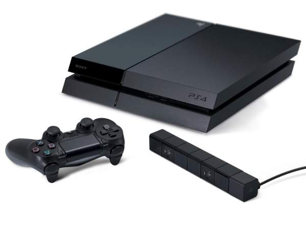 PlayStation 4 (fot: mat. prasowe)