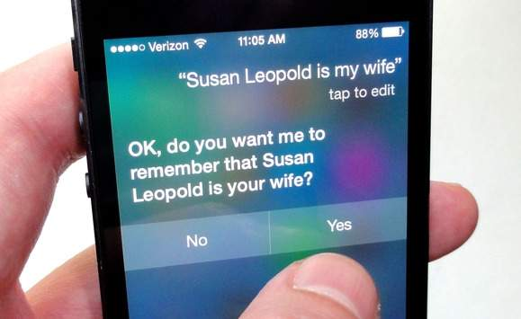 Siri to asystent głosowy od Apple