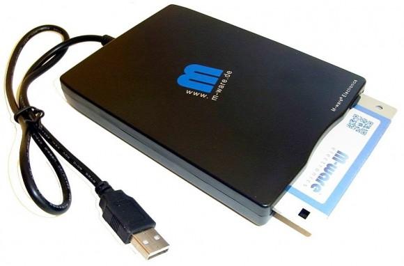 Stare dyskietki – jeśli masz cenne dane zapisane na nośnikach tego typu, możesz odzyskać je, korzystając z zewnętrznej stacji dyskietek podłączanej do portu USB.