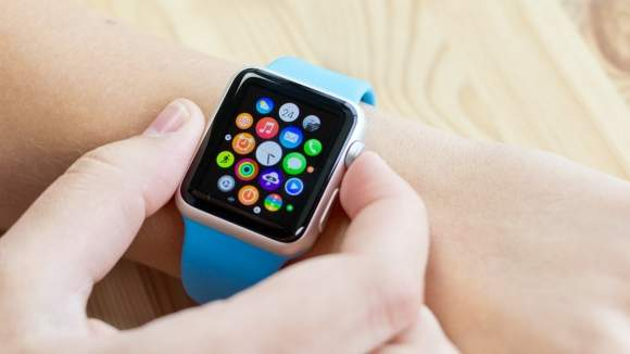 Podstawowa wersja Apple Watch Sport ma aluminiowąkopertę