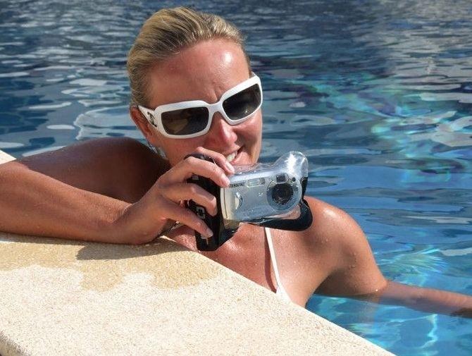 Wodoszczelne etui OverBoard dla aparatów kompaktowych (zanurzenie do 6 metrów)