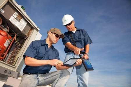 Na placu budowy sprawdzają się tablety wzmocnione (rugged), odporne na kurz, zalania, czy też upadki.