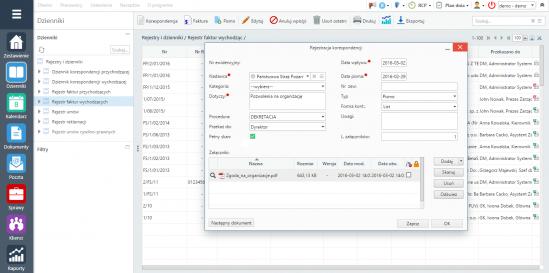 Okno rejestracji korespondencji w programie eDokumenty. W tle rejestr faktur wychodzących w module Dzienniki.