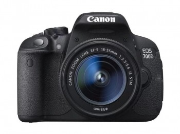 Test lustrzanki Canon EOS 700D