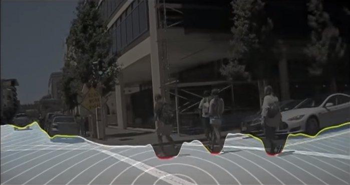 Działanie algorytmu segmentacji semantycznej pikseli pozwala ze znacznie większą dokładnością wyznaczyć granice poruszających się obiektów (źródło: Nvidia).